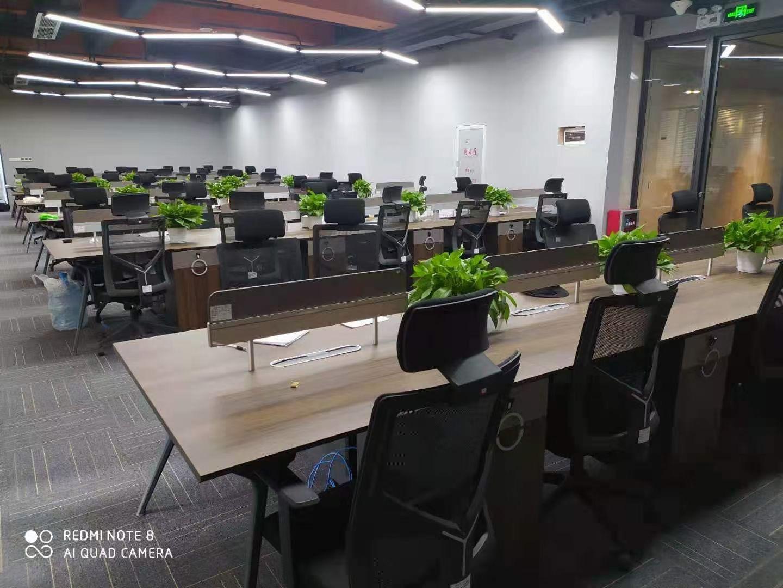 长沙办公家具回收,老板桌会桌回收,学校家具回收,回收大小班台